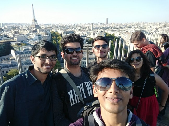 With Puskar : The Selfie Expert